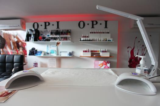 Onglerie, Manucure - Mouscron, Charleroi.Onglerie,Manucure,Pose,vernis,semi,Permanent,couleur,30€,french,35€, , , .